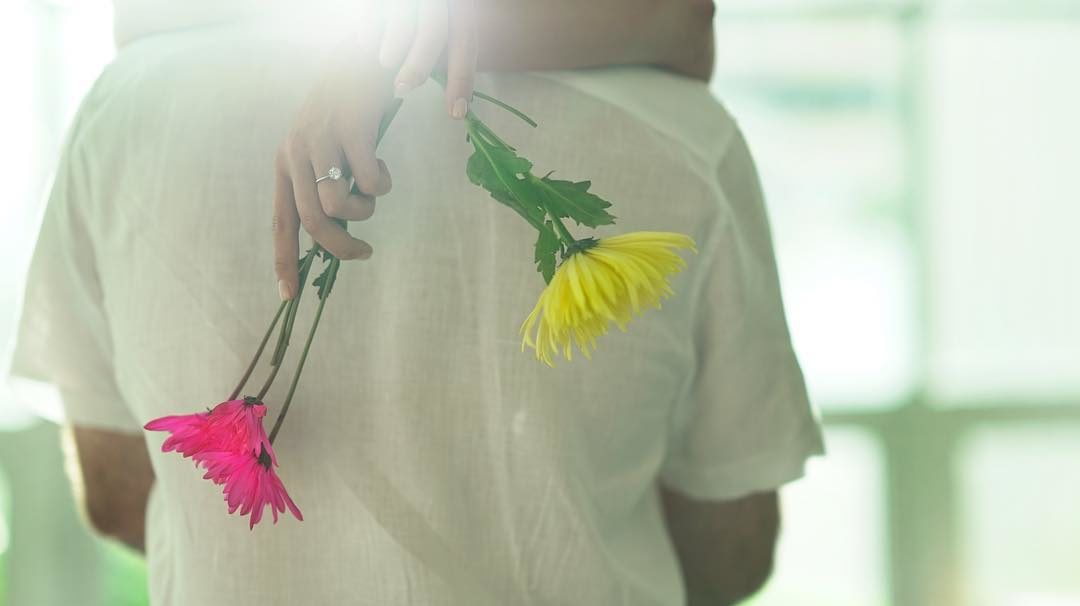 2 Flowers + 1 Ring…